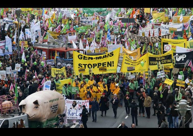almanyada-gdo-protestosu